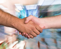 Two men shaking hands Royalty Free Stock Photos