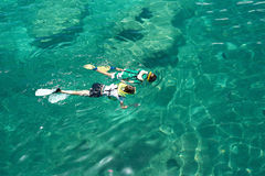 Two people snorkeling Royalty Free Stock Images