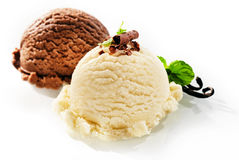 Two servings of chocolate and vanilla ice cream Royalty Free Stock Image