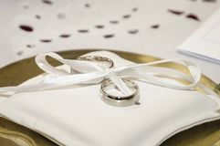 Two Silver wedding Rings Royalty Free Stock Images
