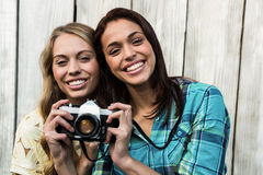 Two smiling female friends Royalty Free Stock Photos