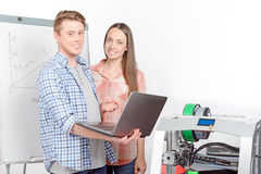 Two students working in laboratory Royalty Free Stock Photos