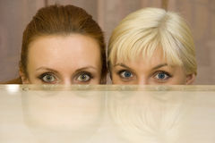 Two surprised woman Stock Photos
