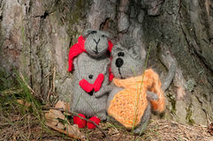 Two toy cat and mouse, hand made Royalty Free Stock Photography