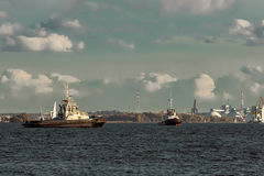 Two tug ships Royalty Free Stock Photos