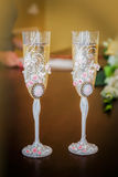 Two wedding glasses of champagne Royalty Free Stock Images