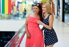 Two woman friends hanging out Royalty Free Stock Photos