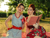 Free Two Women Fashionista Royalty Free Stock Images - 68024559