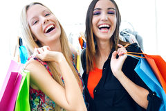 Two young friends shopping together Royalty Free Stock Images