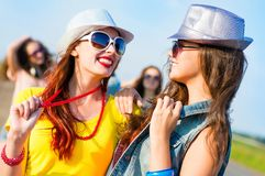 Two young girlfriends having fun Royalty Free Stock Photos