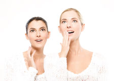 Two young women amazed Royalty Free Stock Images