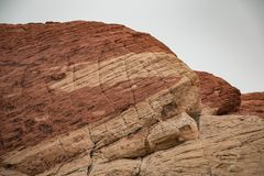 Twocoloured Rock in the Red Rock Canyon National Conservation Ar Royalty Free Stock Images