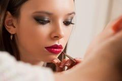 Tworzyć pięknego makeup fotografia stock