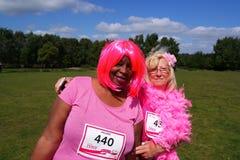 Twowomen am Rennen für Lebensereignis Lizenzfreie Stockfotos