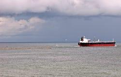 tx för ship för aransaslastport Arkivbilder