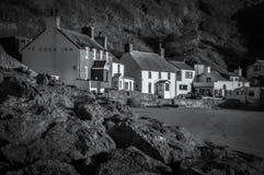 Ty Coch gästgivargård, Porthdinllaen, Wales royaltyfri fotografi