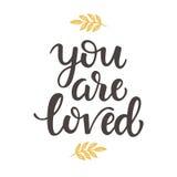Ty jesteś Kochającym ręka rysującym szczotkarskim literowaniem Zdjęcie Royalty Free