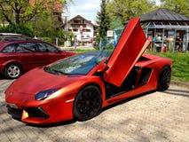 Ty lubi luksus? /Ferrari Zdjęcia Stock