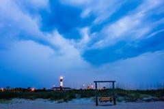 Tybee-Insel-Strandleuchtturm mit Donner und Blitz Lizenzfreies Stockfoto