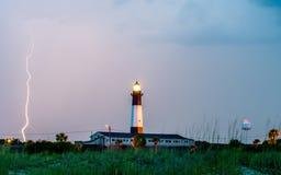 Tybee Island Light con el acercamiento de la tormenta Fotografía de archivo libre de regalías