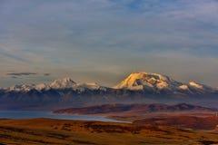 Tybet góry naimonanyi Manasarovar i jezioro Obraz Royalty Free