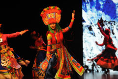 Tybetański kostium ampuły skala scenariuszy show† drogowy legend† Obraz Stock
