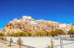 Tybetańskiego plateau sceny Zongshan Antyczny kasztel Zdjęcie Royalty Free