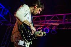 Tycho que joga a guitarra Imagens de Stock