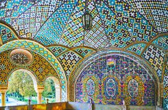 Tyck om designen av Khalvat-e-Karim Khani i Golestan, Teheran Royaltyfri Fotografi