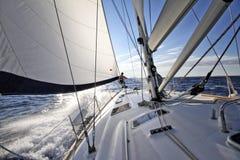 Tycka om att segla i Kroatien Royaltyfri Bild