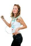 tycker om lyssnande musik för flicka till Royaltyfri Foto