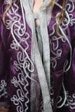 Tygmodell på den marockanska dräkten Royaltyfria Foton