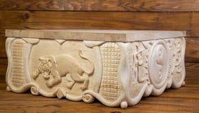 Tygrys rzeźbiący z drewna Zdjęcie Royalty Free