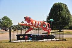 Tygrysia statuy ręka Malująca Zdjęcia Royalty Free