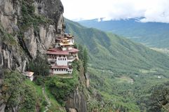 Tygrysy Gniazdują monastary w Paro, Bhutan Obraz Royalty Free