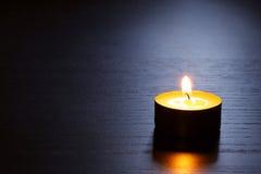 tylna świeczka zaświecający sceny pojedynczy spokojny Zdjęcie Stock