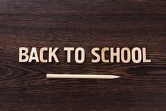 tylna koncepcji do szkoły Słowa pisać drewnianych listach Obraz Royalty Free