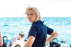 Tylna strona spokojna nurek kobieta fotografia stock
