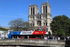 tylnego banka katedralna paniusia France opuszczać bocznego widok notre Paris Zdjęcie Royalty Free