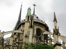 tylnego banka katedralna paniusia France opuszczać bocznego widok notre Paris zdjęcia stock