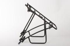 Tylni roweru stojak robić od aluminium kwadrata profilu, pracowniana fotografia, Zdjęcia Stock