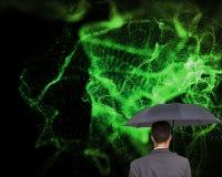 Tylni widok biznesmena mienia popielaty parasol Obrazy Stock