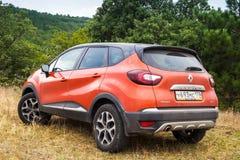 Tylni widok Renault Kaptur zdjęcia royalty free