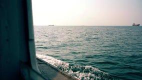 Tylny i boczny widok od ferryboat zbiory wideo