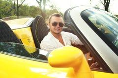Tylny widok młody kierowca obrazy royalty free