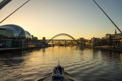 Tyne Bridge - coucher du soleil photo stock