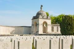 Tyne Cot Commonwealth Memorial nära Ypres Arkivbilder