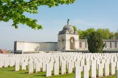 Tyne Cot Commonwealth Memorial nära Ypres Royaltyfria Foton