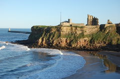 Tynemouth Priory and King Edward's Bay. Tynemouth Priory above the beach at King Edward's Bay Stock Photography
