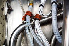 typ för europeisk ström för kabel 220v elektrisk Delar av den elektriska strömkretsen Selektiv fokus för industriella detaljer Royaltyfri Fotografi